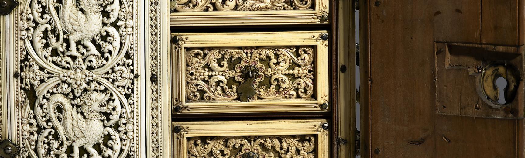 Ivory casket (detail), Sri Lanka, 1650-1700