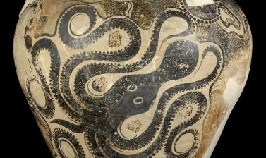 Storage jar (pithos) with octopus design, Crete, 1450-1400 BC
