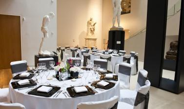 Tables in Atrium at the ashmolean museum tom_weller