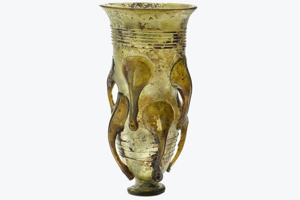 claw beaker ashmolean