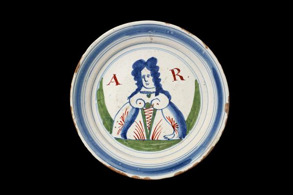 Delware Plate of Queen Anne