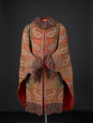A winter kashmir shawl with fringed collar and sleaves